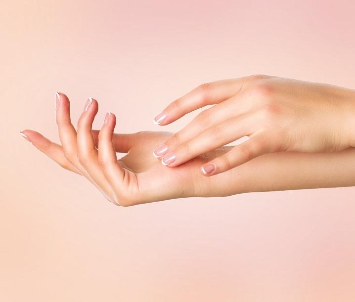 Mezoterapia bezigłowa dłoni