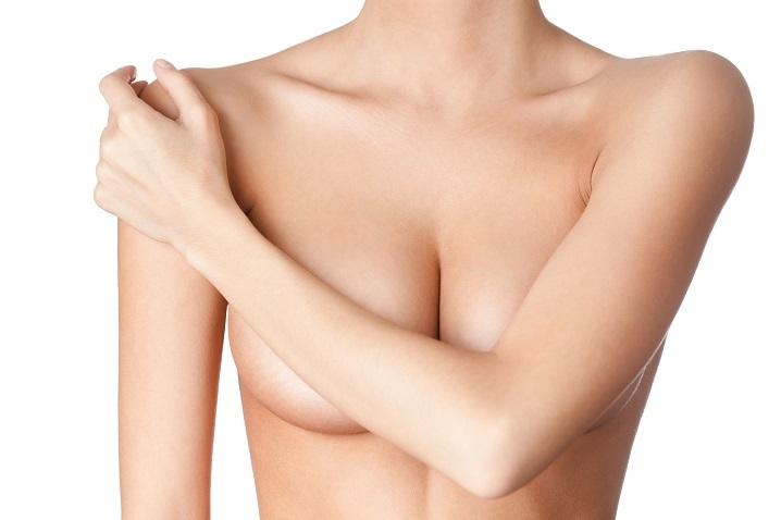 Mezoterapia bezigłowa biust