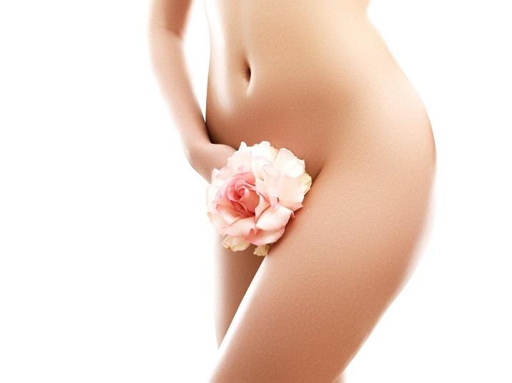 Depilacja pastą cukrową bikini